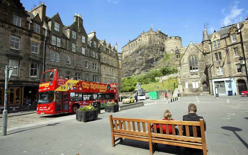 Edinburgh-Tour-Bus2